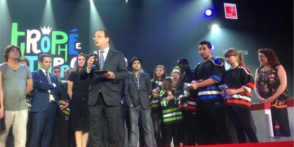 Comme promis, François Hollande se rend à la finale du trophée d'improvisation à l'invitation de Jamel Debbouze