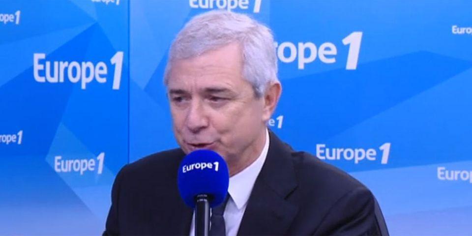 Comment en plein assaut du RAID à Saint-Denis Claude Bartolone essaye de défendre le 9-3