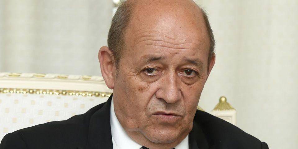 Comment Jean-Yves Le Drian justifie de ne pas avoir (encore) emménagé au nouveau Pentagone français