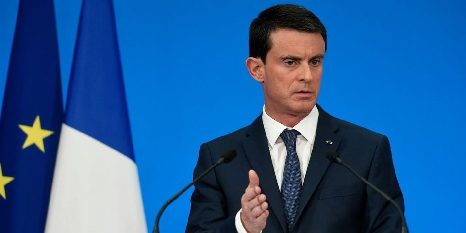 Comment Valls justifie l'extension de la déchéance de nationalité aux binationaux nés en France