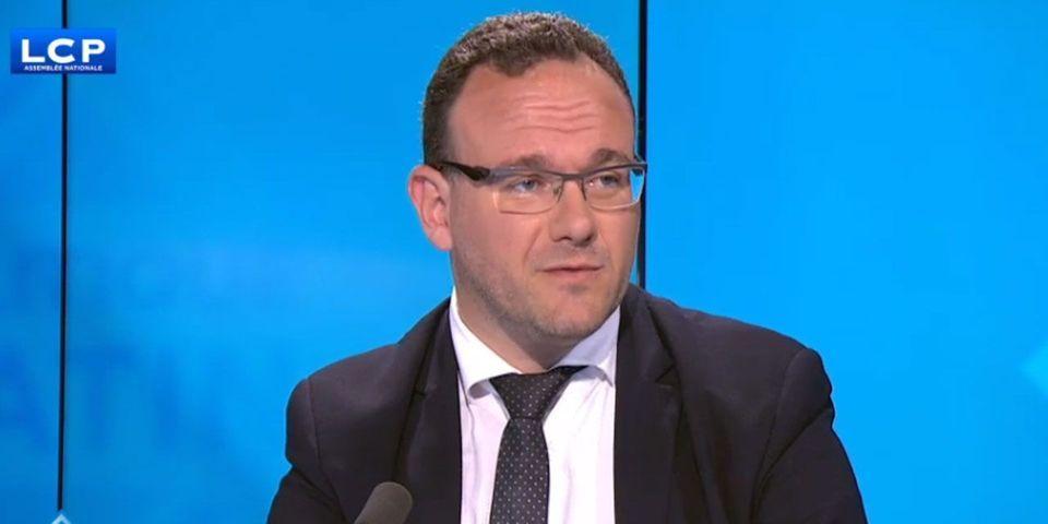Damien Abad confirme à demi-mot que le journaliste de Marianne Joseph Macé-Scaron travaille pour François Fillon