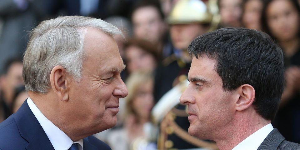 Déchéance de nationalité : Jean-Marc Ayrault demande à Manuel Valls de ne pas diviser la France