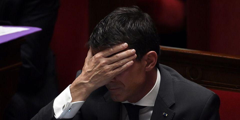 Déchéance de nationalité : Manuel Valls corrige son post Facebook où il affirmait que la binationalité n'existe pas en Allemagne
