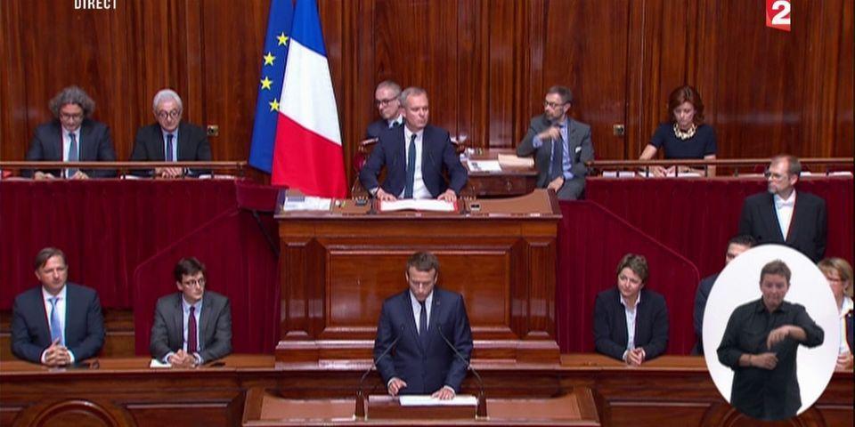 Dès le début de son discours devant le Congrès, Macron étrille les années Sarkozy et Hollande