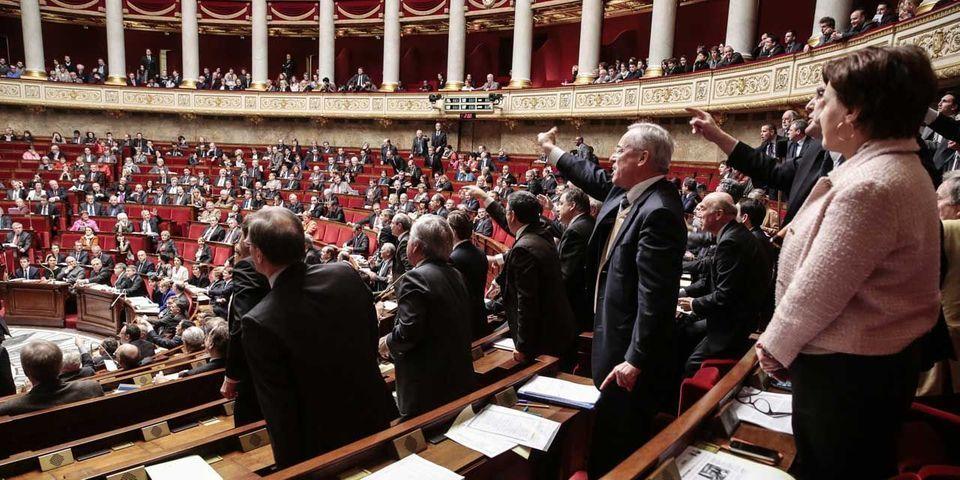 Deux députés, Jean-Jacques Urvoas et Michel Piron, demandent la suppression des séances de questions au gouvernement