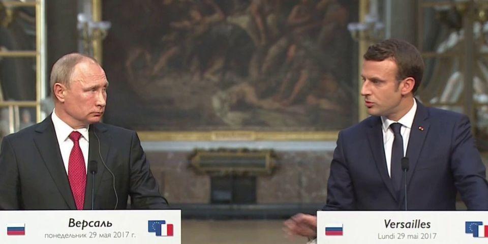 VIDÉO - Devant Vladimir Poutine, Emmanuel Macron dézingue Sputnik et Russia Today
