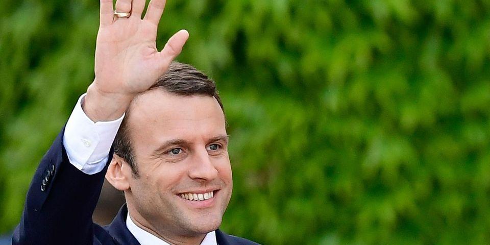 Emmanuel Macron s'amuse en privé des attaques de François Hollande contre lui
