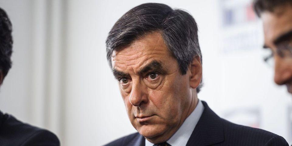 Et François Fillon demanda à l'Élysée de taper sur Nicolas Sarkozy