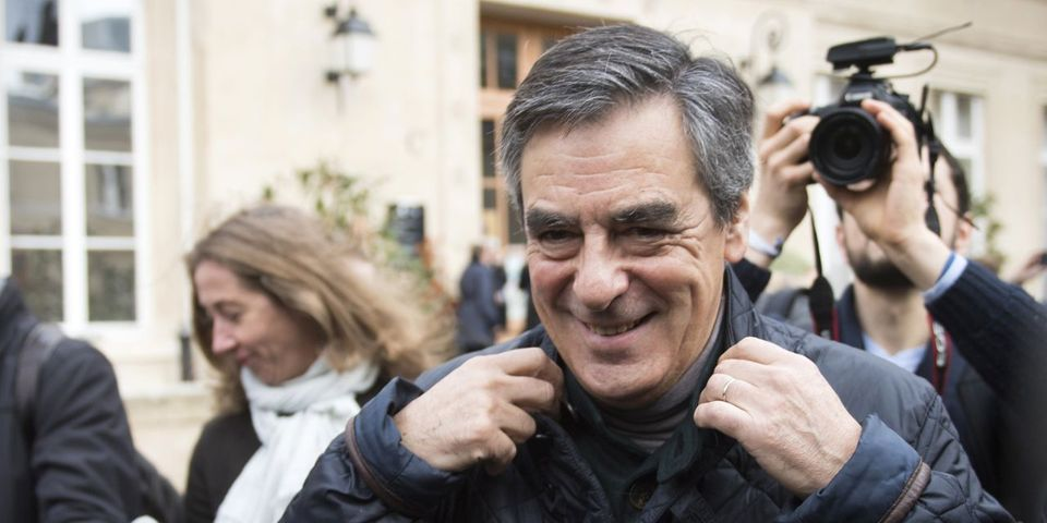 """Fillon jubile de voir """"les mines défaites"""" des """"traîtres"""" Ciotti et Lellouche après le premier tour de la primaire"""