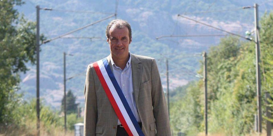 """Finalement, l'UMP ne sanctionne pas le maire qui avait regretté que des Roms aient été secourus """"trop tôt"""""""