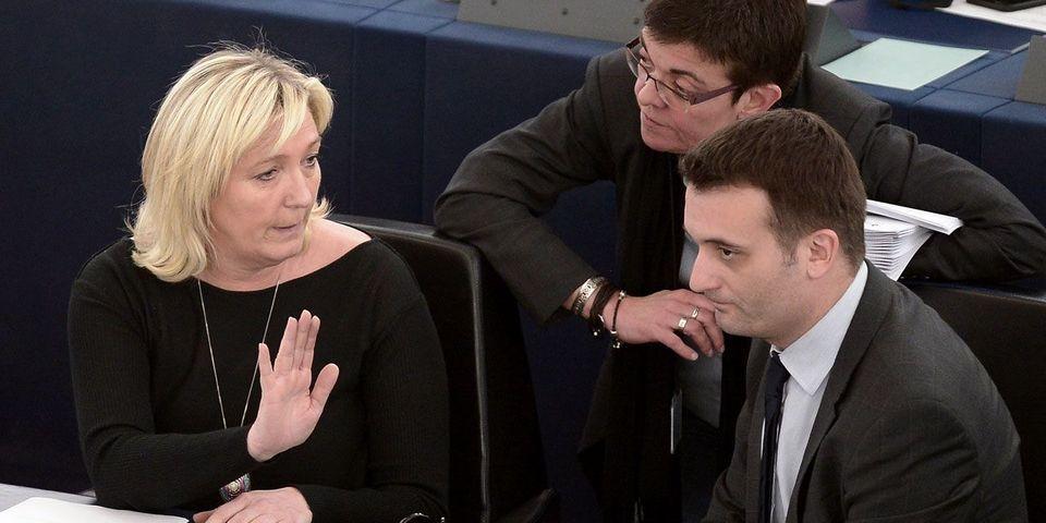 Florian Philippot explique que c'est Marine Le Pen qui a demandé à Sophie Montel de dénoncer les assistants d'eurodéputés