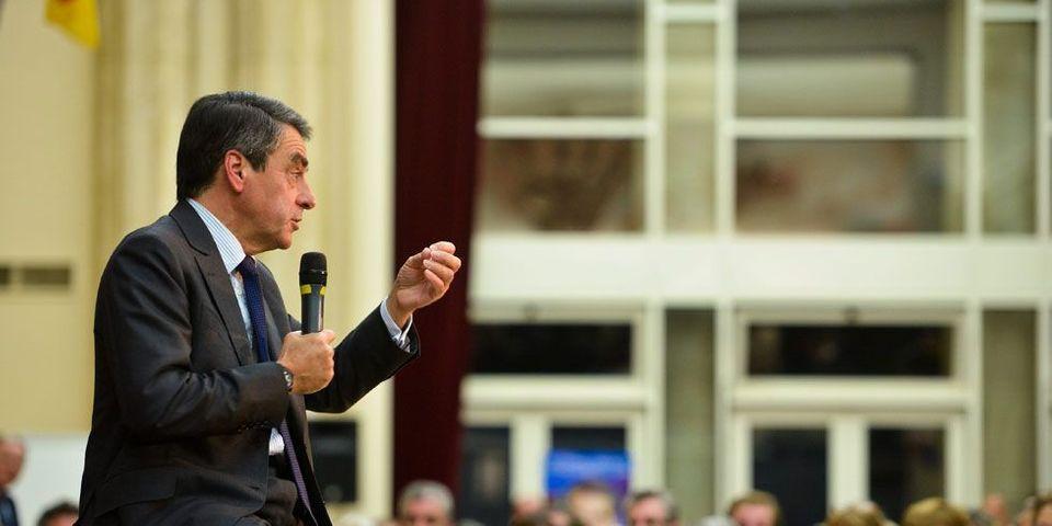 François Fillon remercie ses soutiens... et lance un appel aux dons