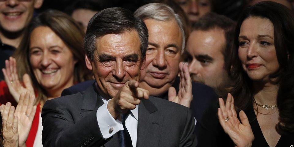 François Fillon remporte la primaire de la droite face à Alain Juppé