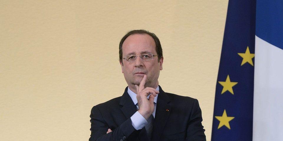 François Hollande à Villiers-le-Bel pour rencontrer de jeunes créateurs d'entreprises, deux ans après son élection