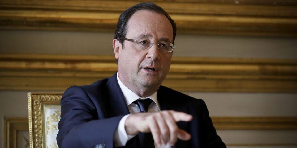 """François Hollande demande aux ministres candidats de consacrer """"l'essentiel"""" de leur temps au gouvernement"""