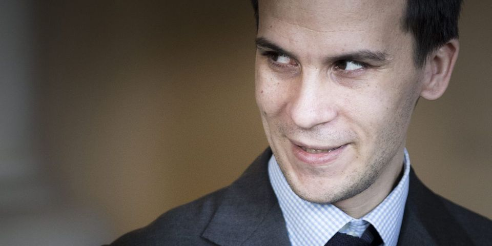 Gaspard Gantzer remplace Aquilino Morelle comme chef du pôle communication de l'Élysée, Christian Gravel prépare son départ