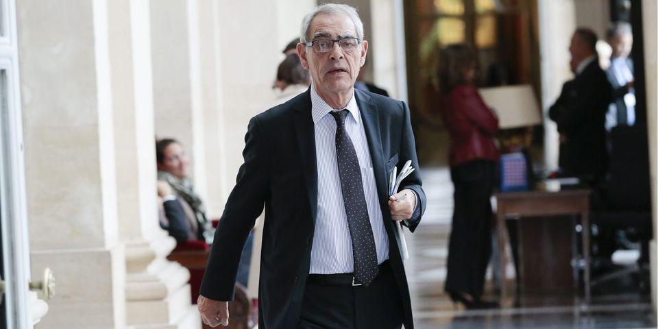 """Henri Emmanuelli demande """"solennellement"""" à Valls et Le Guen de """"se taire"""""""