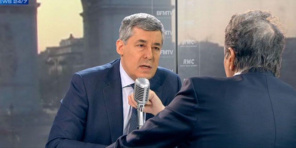 """Henri Guaino a hésité à quitter l'UMP pour dénoncer """"les petites combinaisons entre notables"""""""