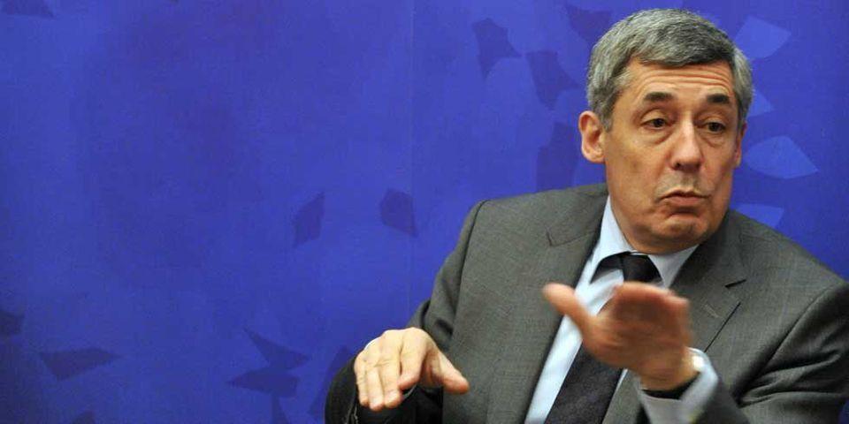 Henri Guaino connaît mal la constitution allemande