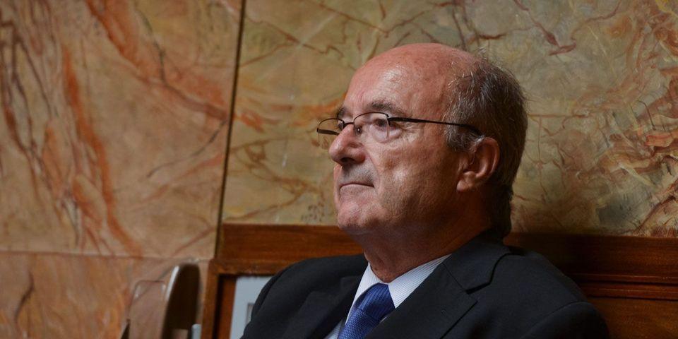 Jacques Bompard se réfère au mouvement d'Alain Soral Égalité et Réconciliation dans des questions adressées à Benoît Hamon