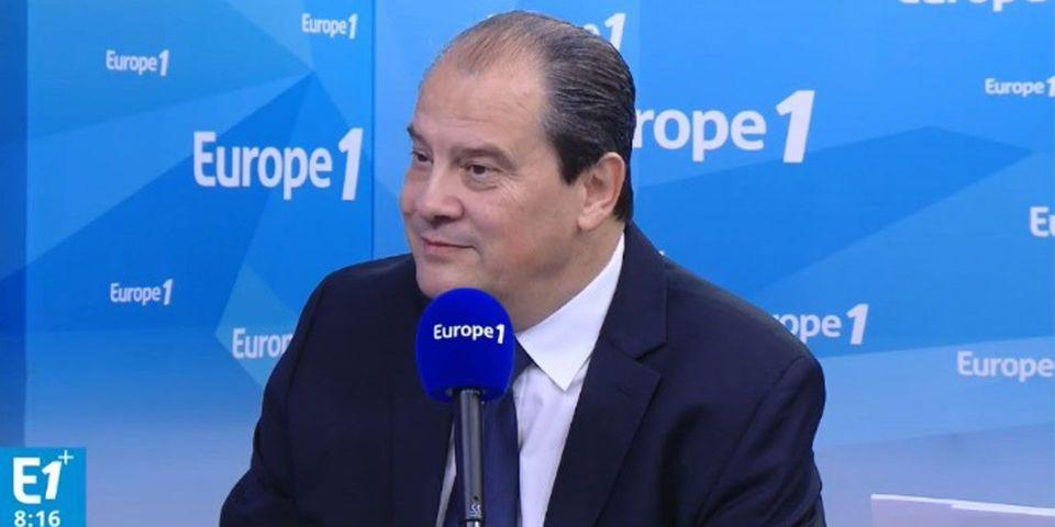 Cambadélis assure que Hollande lui a dit qu'il participerait à la primaire (s'il est candidat)