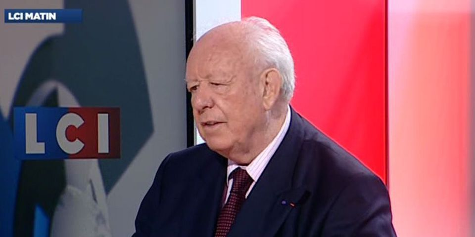 Jean-Claude Gaudin imagine que s'il n'était pas candidat aux municipales à Marseille, Bernard Tapie le serait