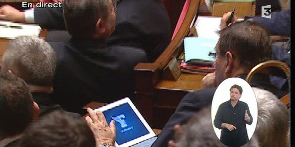 Jean-Louis Debré hostile aux tablettes dans l'hémicycle