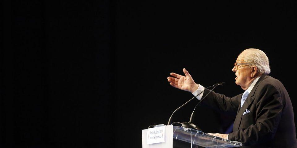 """Jean-Marie Le Pen à propos de """"l'immigration massive"""" : """"Monsieur Ebola peut régler ça en trois mois"""""""