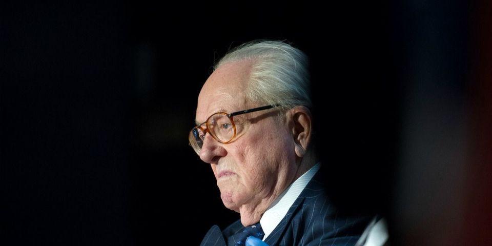 Jean-Marie Le Pen renonce finalement à être candidat aux régionales en PACA