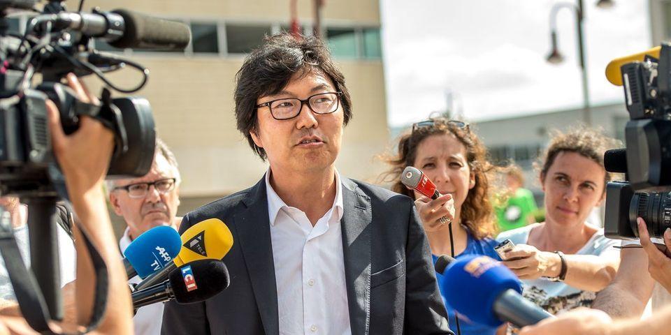 """Jean-Vincent Placé explique qu'il ne veut pas devenir ministre à tout prix : """"Je gagne plus"""" au Sénat"""