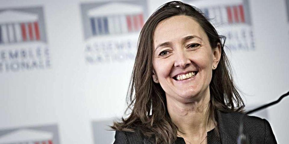 """L'interview inattendue de Karine Berger, la députée PS qui s'autoproclame """"extraordinairement influente"""""""