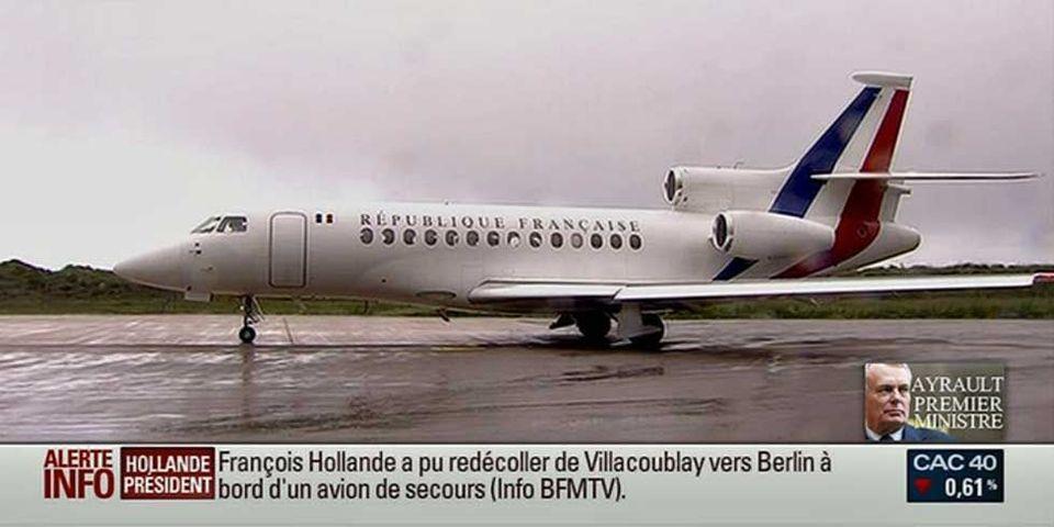 """L'avion de François Hollande """"touché par la foudre"""""""