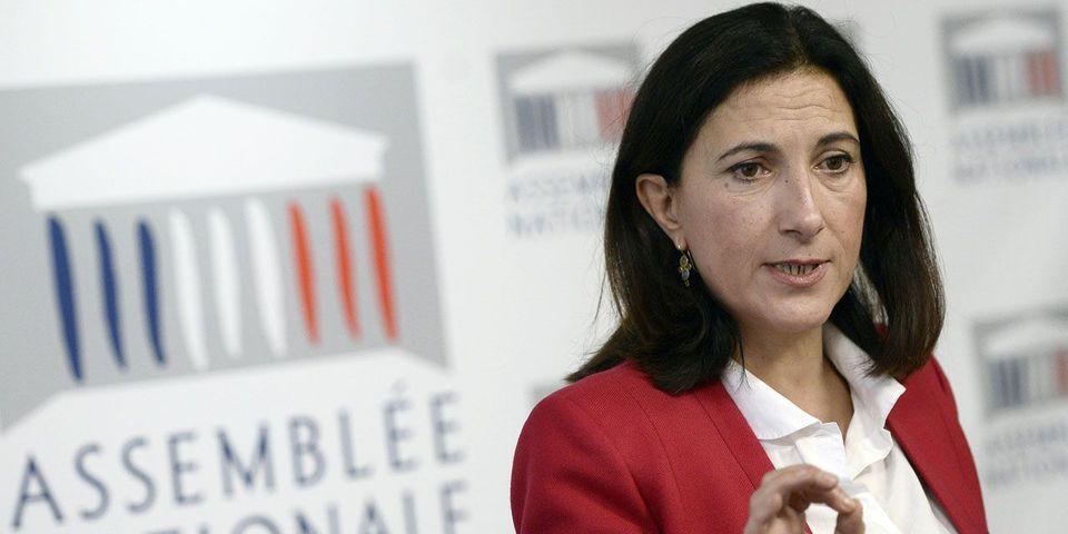 """La députée PS Sandrine Mazetier s'interroge sur les potentiels conflits d'intérêt d'Emmanuel Macron avec son mouvement """"En marche !"""""""
