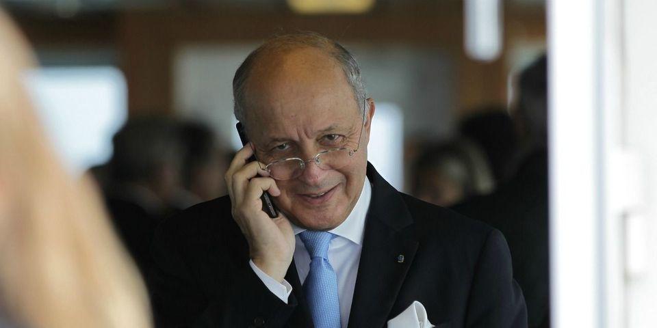 La diplomatie de Fabius pour faire savoir qu'il aurait aimé être invité à la signature de l'accord Cop21