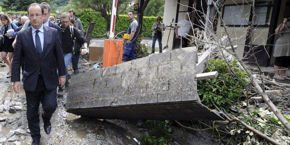 La petite blague de François Hollande sur les inondations à Lourdes