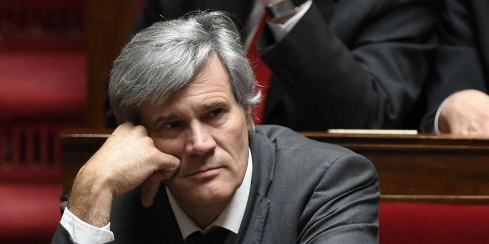 La petite galère de Stéphane Le Foll face à une question sur le premier meeting d'Emmanuel Macron