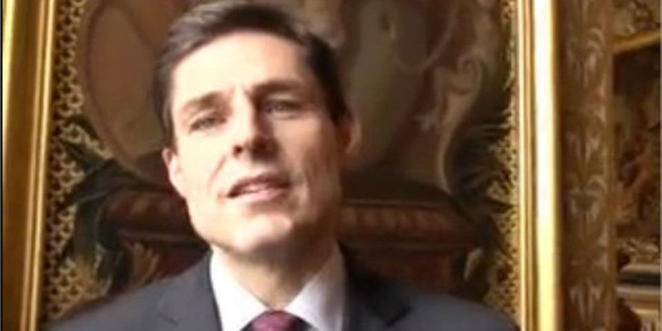 La Une de Closer va favoriser l'abstention et les extrêmes, craint le sénateur UMP Philippe Dallier