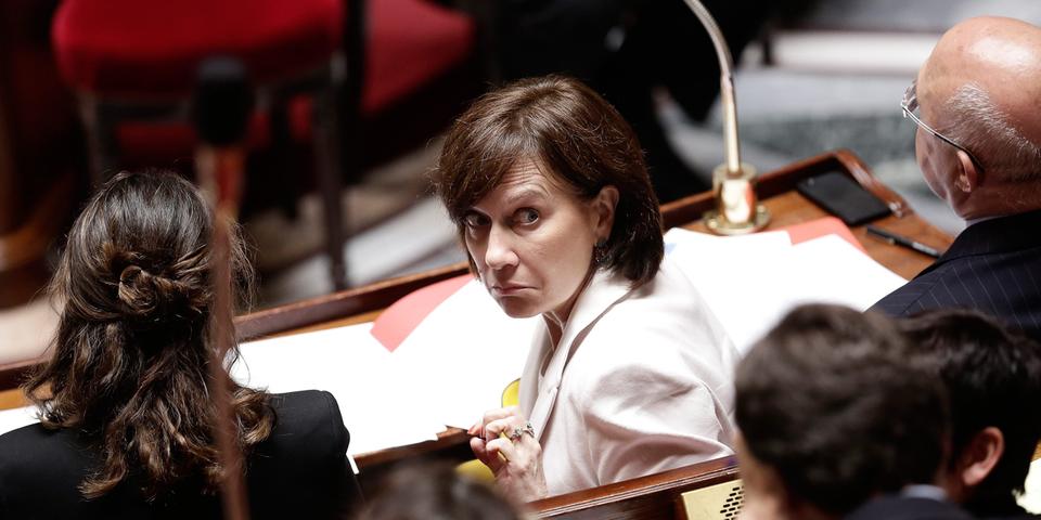 """Laurence Rossignol s'agace des cartables """"rose nunuche"""" attendant les petites filles à la rentrée"""