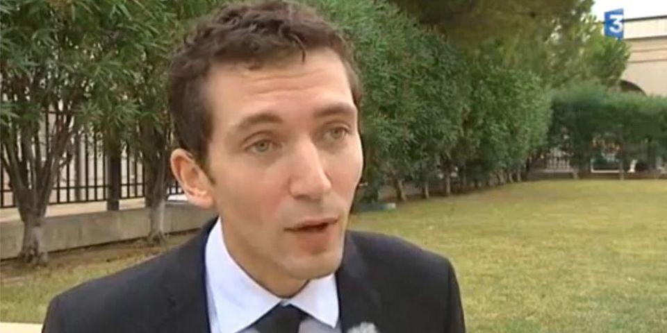 """Le candidat FN, Julien Sanchez, estime que """"c'est la dernière fois"""" que son parti peut l'emporter aux municipales à Beaucaire"""