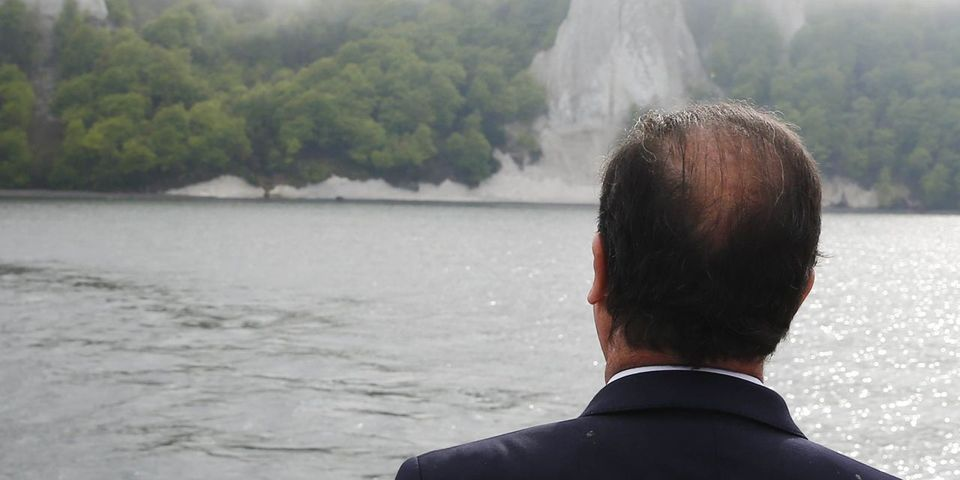 Le coiffeur personnel de François Hollande payé 9.895 euros par mois par l'Élysée