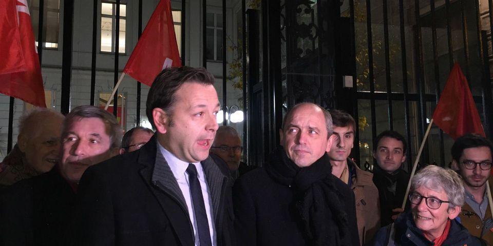 Le coup de pression trollesque de Bastien Faudot et Pierre Larrouturou devant le siège du PS
