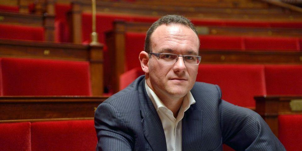 """Le député Damien Abad veut """"être le trait d'union entre les deux droites"""" au sein de LR à l'Assemblée"""