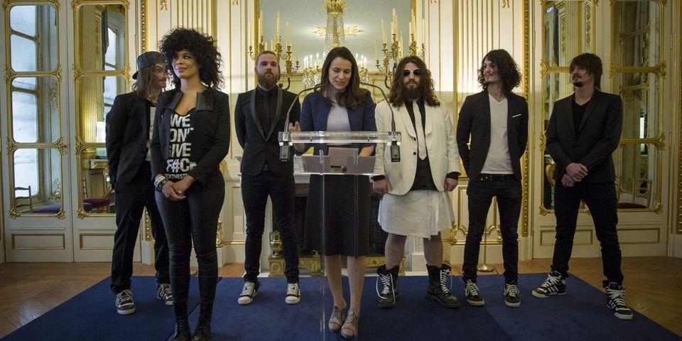 Le groupe Shaka Ponk fait chevalier des Arts et Lettres par Aurélie Filippetti