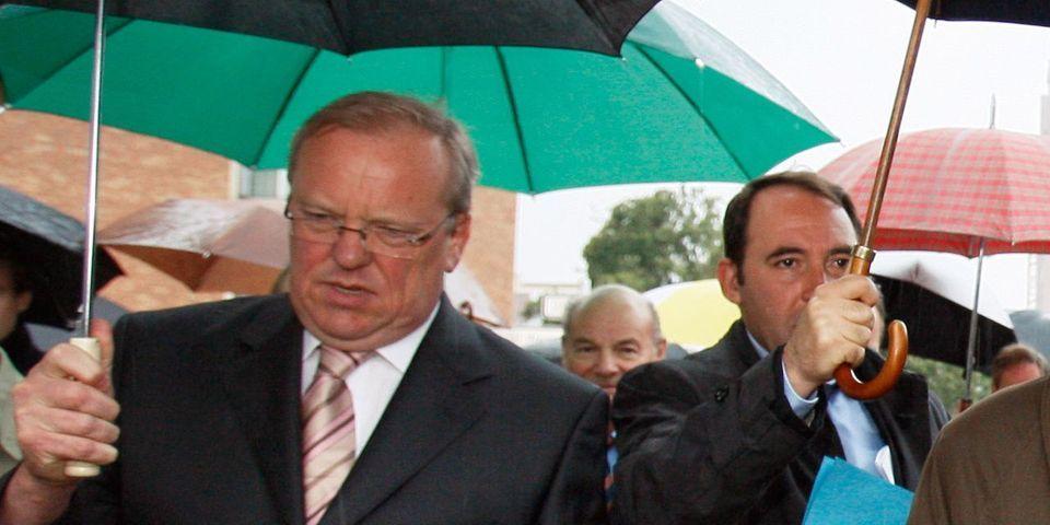 Le maire LR d'Argenteuil Georges Mothron va prolonger son arrêté anti-mendicité