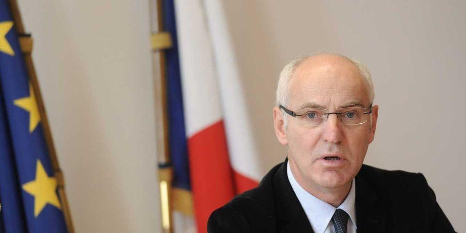 """Le ministre des affaires européennes Thierry Repentin vise BHL et critique les """"va-t-en-guerre"""" des """"salons parisiens"""""""