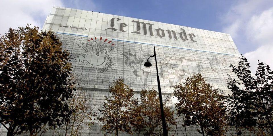 """Le Monde dénonce un """"détournement inacceptable"""" de sa une par le Front national et porte plainte"""