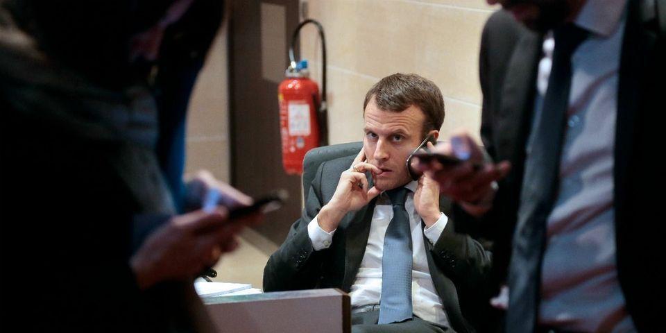 Le numéro de portable d'Emmanuel Macron fuite sur internet (après le vol du téléphone d'un journaliste)