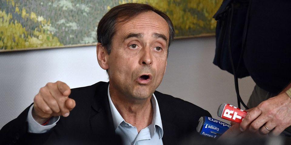 """Le pôle """"Gauche Forte"""" du PS demande la révocation de Robert Ménard de la mairie de Béziers"""