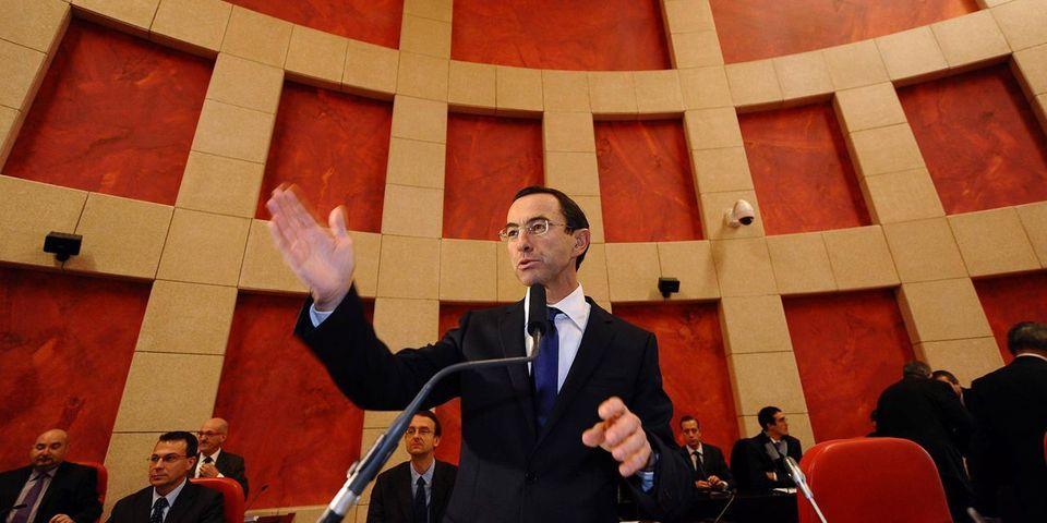 Le président du groupe UMP au Sénat lance à son tour une initiative anti-fraude fiscale chez les parlementaires
