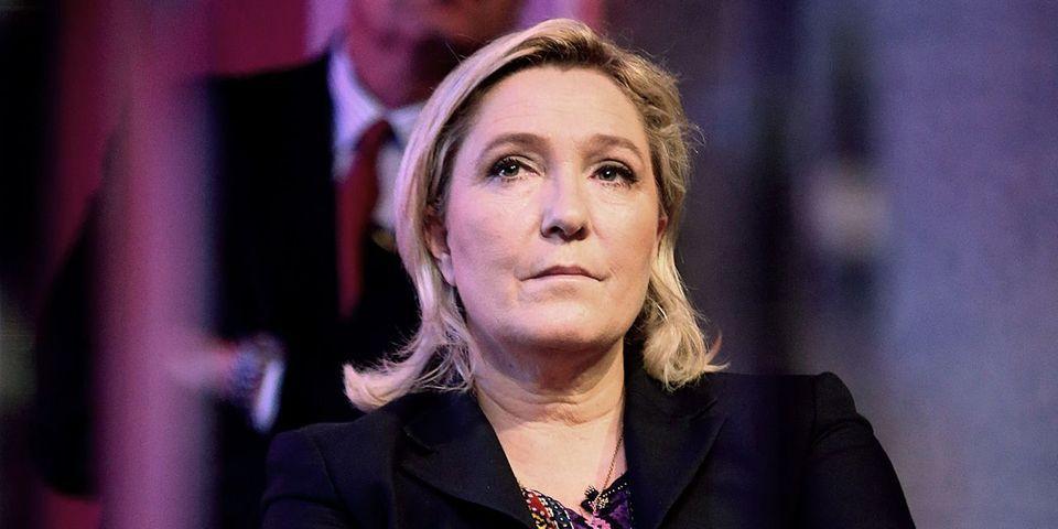 Le SMS de Marine Le Pen qui demande à ses députés de retirer leurs amendements trop libéraux sur la loi Travail